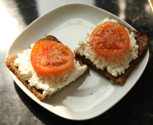 breadwithtomatos